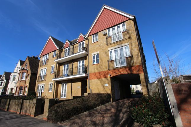 2 bed flat for sale in Birkenhead Avenue, Kingston Upon Thames