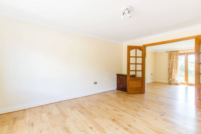 Thumbnail Property to rent in Wagon Road, Hadley Wood, Barnet