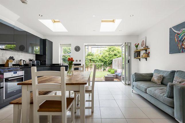 Thumbnail Property to rent in Freshford Street, Earlsfield, London