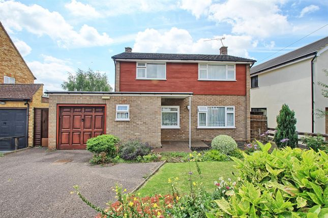 Thumbnail Semi-detached house for sale in Barley Ponds Road, Ware