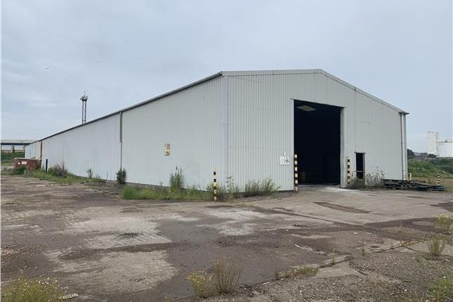Industrial to let in Warehouse, Dawes Lane, Scunthorpe, North Lincolnshire