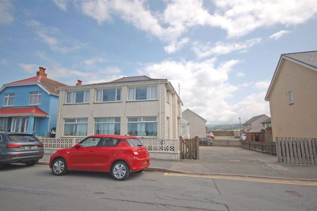 Thumbnail Property for sale in Borth