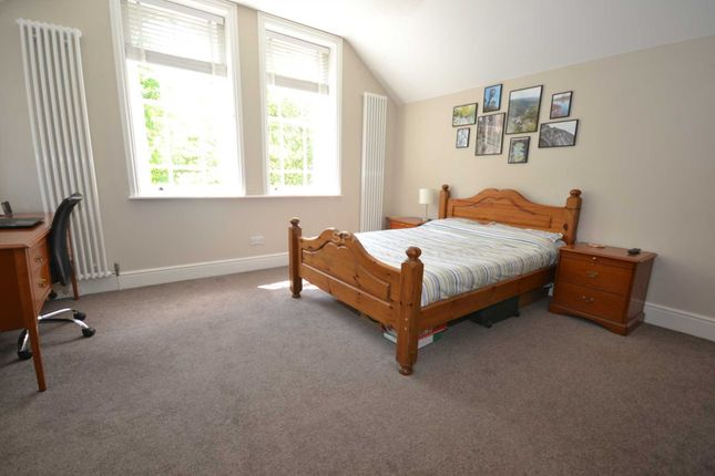 Thumbnail Room to rent in Earlsmead, Kendrick Road, Reading, Berkshire, - Room 5