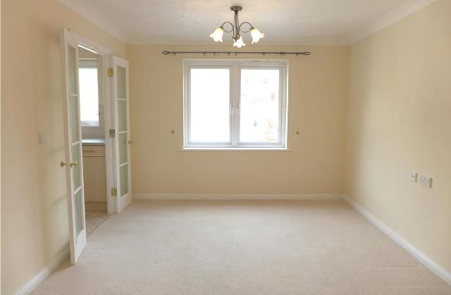 Thumbnail Flat to rent in Minster Court, West Parade, Axminster, Devon