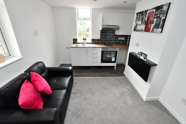 Flat to rent in Coundon Road, Coundon, Coventry