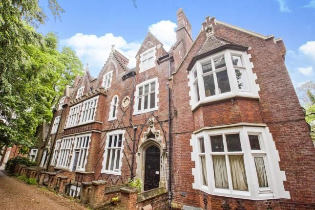 Thumbnail Flat for sale in New Dover Road, Canterbury, Kent, England