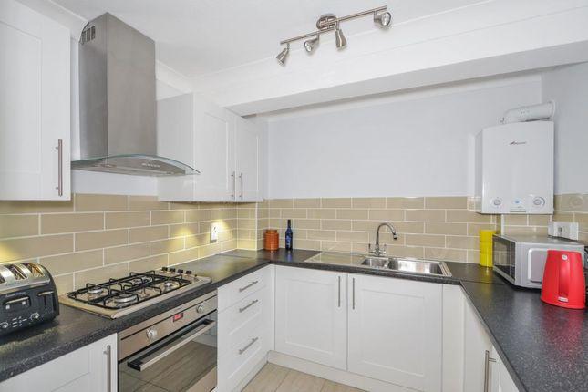 1 bed flat to rent in Newbury, Berkshire RG14