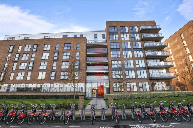 Thumbnail Flat to rent in Lindfield Street, Canary Wharf, Canary Wharf, London