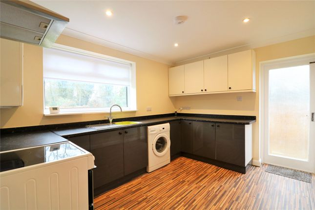 Thumbnail Bungalow to rent in Rushington Avenue, Maidenhead, Berkshire