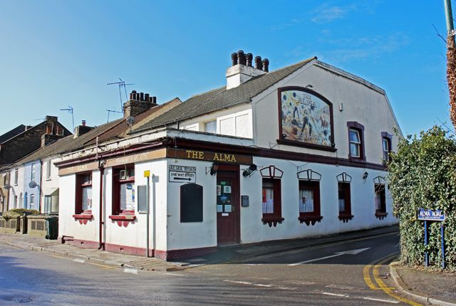 Thumbnail Pub/bar for sale in High Street, Swanscombe