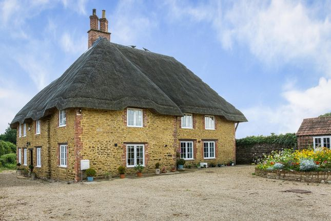 Thumbnail Cottage for sale in Sandy Lane, Chippenham