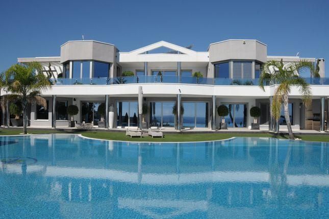 Thumbnail Property for sale in Moraira, Costa Blanca, Spain