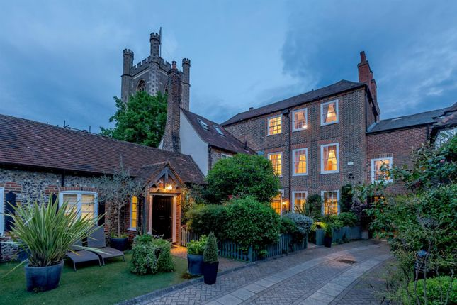 Thumbnail Property for sale in Hart Street, Henley-On-Thames, Oxfordshire
