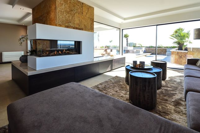 Thumbnail Apartment for sale in Alvor, Algarve, Portugal