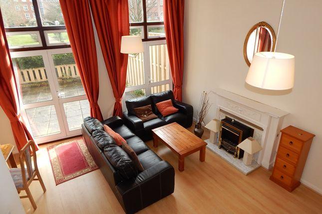 2 bed flat to rent in Alcantara Crescent, Ocean Village, Southampton