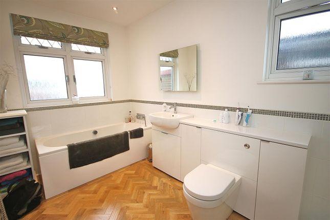Luxury Bathroom/WC: Pic. 2