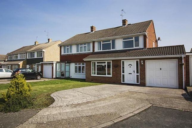 Thumbnail Semi-detached house for sale in Andermans, Windsor