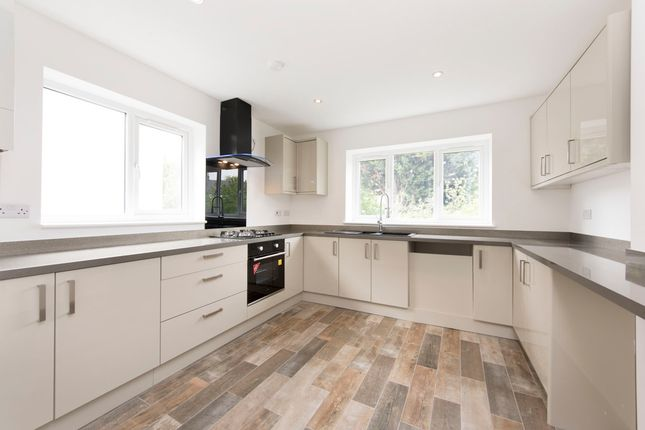 Thumbnail Flat for sale in Gleneagle Road, London