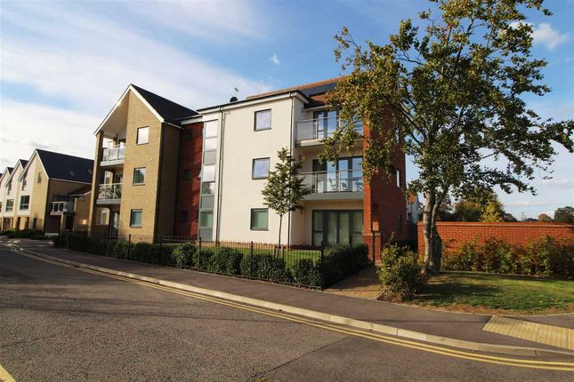 Thumbnail Flat for sale in Pavilion View, Colchester