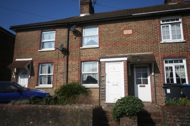 2 bed property to rent in Junction Road, Burgess Hill