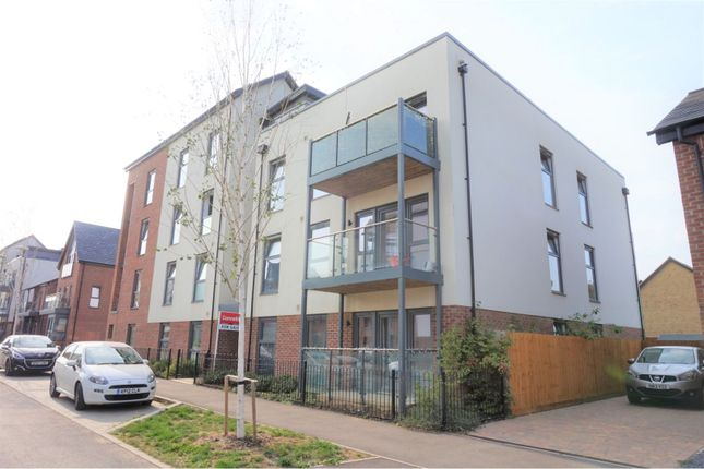 Thumbnail Flat for sale in Oakgrove, Milton Keynes