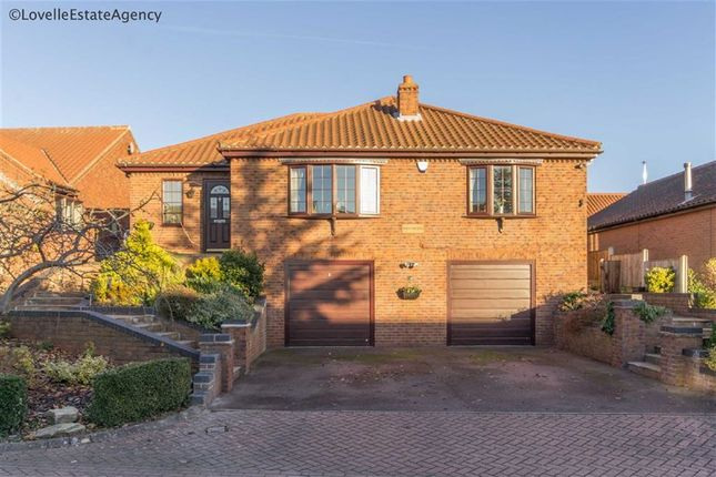 Thumbnail Property for sale in Low Garth, Bottesford, Scunthorpe