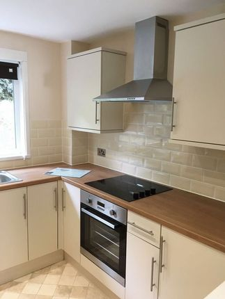 Thumbnail Flat to rent in Bryn Milwr, Hollybush, Cwmbran