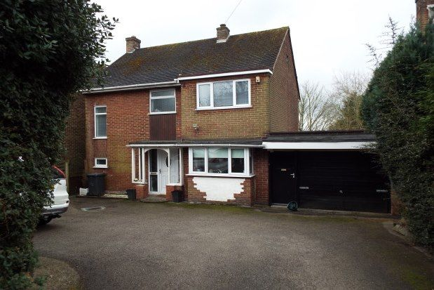 3 bed property to rent in Ashby Road, Burton-On-Trent DE15