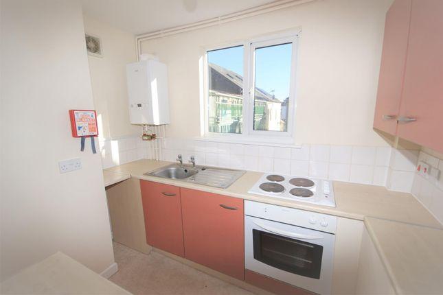 Thumbnail Flat to rent in Fore Street, Cullompton, Devon