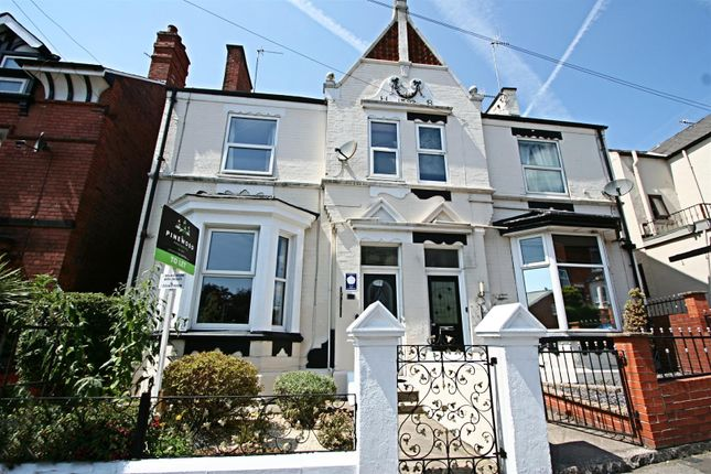 2 bed shared accommodation to rent in Clarence Road, Chesterfield, Derbyshire S40