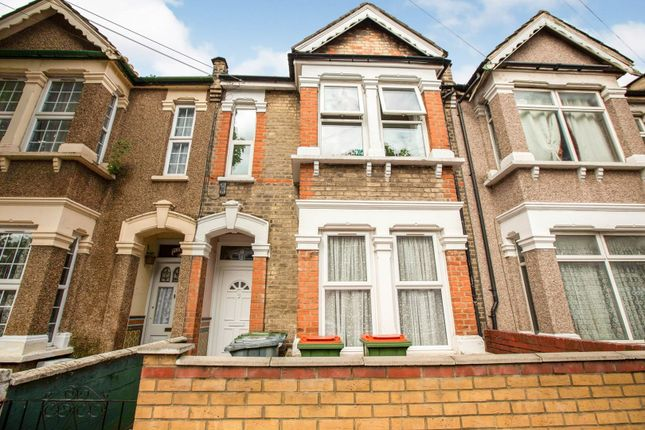 1 bed flat for sale in Altmore Avenue, London E6