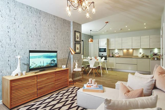 Thumbnail Flat for sale in Geoff Cade Way, Bow
