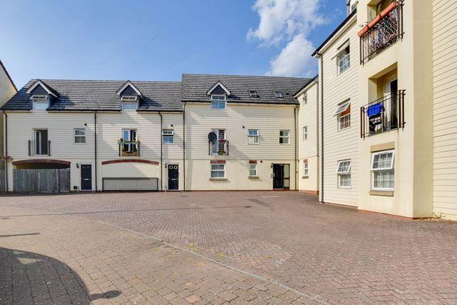 Flat for sale in Mazurek Way, Swindon