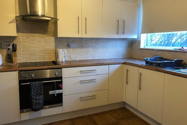 Thumbnail Flat to rent in Fallowfield Grove, Warrington, Cheshire