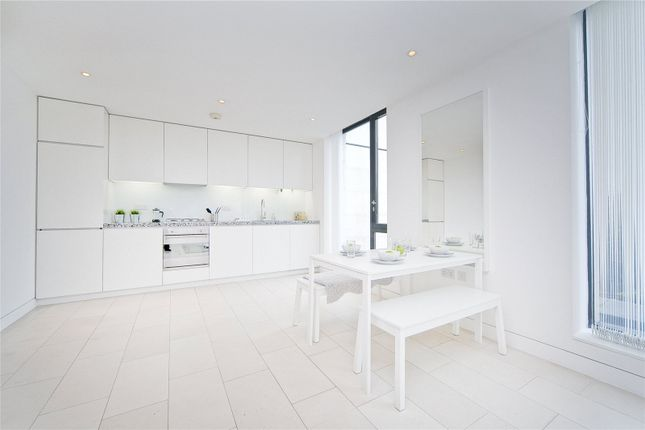 1 bed flat to rent in Latitude House, Camden
