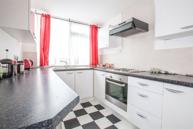 Thumbnail Flat for sale in Pickwick Court, 60 West Park, Mottingham, London