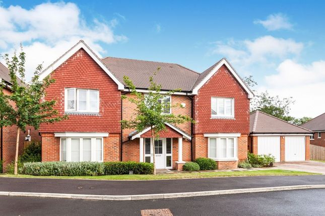 Thumbnail Detached house to rent in Dowles Barn Close, Barkham, Wokingham