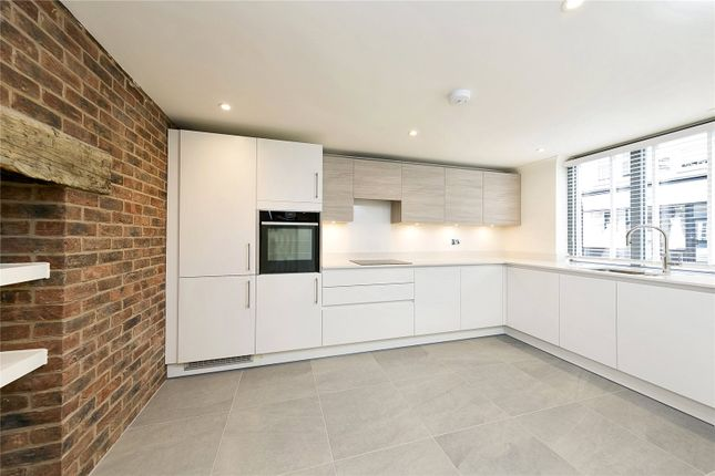 Thumbnail Terraced house to rent in High Street, Hampton Wick, Kingston Upon Thames