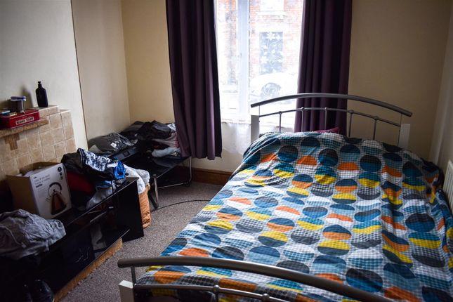 Living Room of St. Michaels Road, Northampton NN1