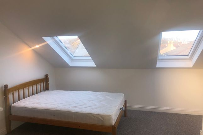 Thumbnail Shared accommodation to rent in Hudson Road, Southsea