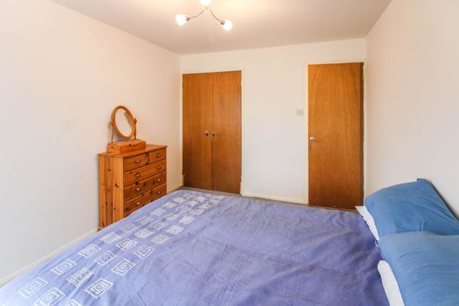 Bedroom of Kempock Place, Gourock PA19