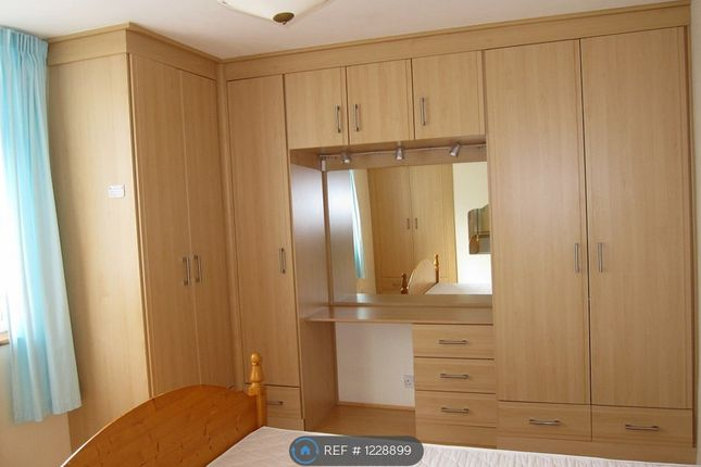 Thumbnail Terraced house to rent in Surrey Rd., London, Barking