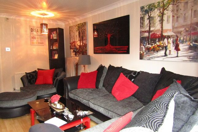 Thumbnail Terraced house for sale in Laburnum Road, Waterlooville