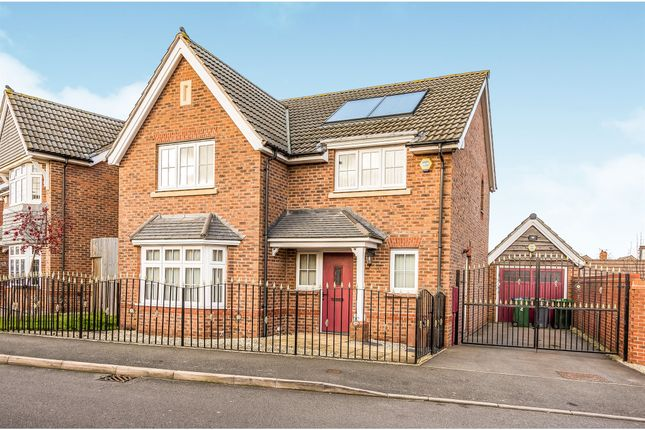 Detached house in  Lower Comball  Tipton  Birmingham