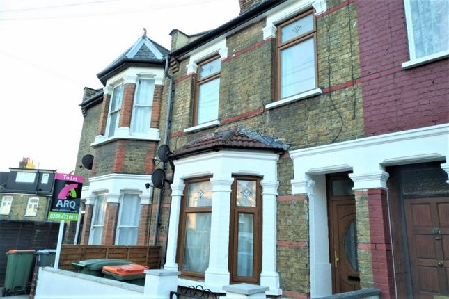 Thumbnail Flat to rent in Gresham Road, East Ham