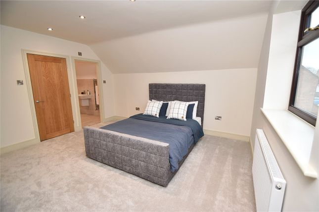 Master Bedroom of Upper Park Street, Fort Royal, Worcester, Worcestershire WR5