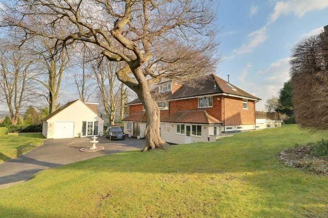 Thumbnail Detached house for sale in Furze Hill, Purley