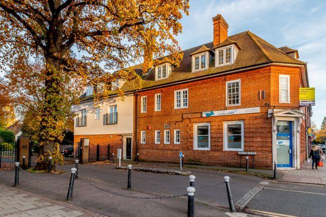 Thumbnail Property to rent in Weybridge