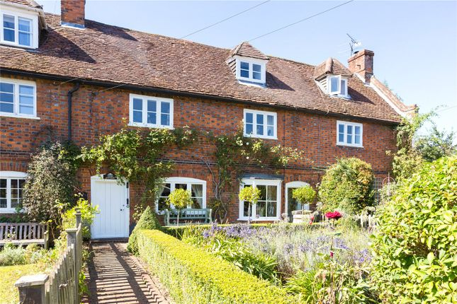 4 bed property for sale in St. Albans Road, Codicote, Hitchin, Hertfordshire SG4