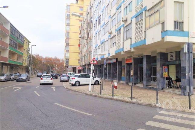 Property for sale in Almada, Cova Da Piedade, Pragal E Cacilhas, Almada, Setúbal